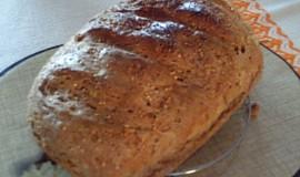 Vločkovo-otrubový chléb