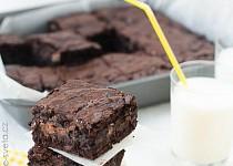 Čokoládové brownies s kousky čokolády