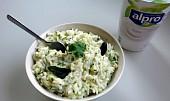 Curd rice (indická jogurtová rýže s okurkou)