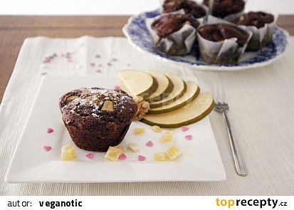 Datlové muffiny s hruškou a vlašskými ořechy