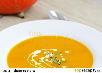 Dýňová polévka z dýně Hokaido