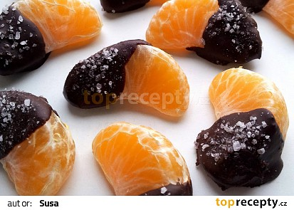 Mandarinky v hořké čokoládě s mořskou solí