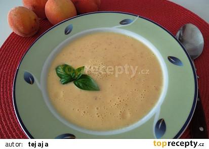 Meruňková ( broskvová ) studená polévka