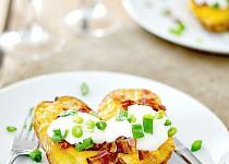 Pečené brambory s čedarem
