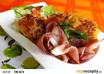 Polenta na hlávkovém salátu