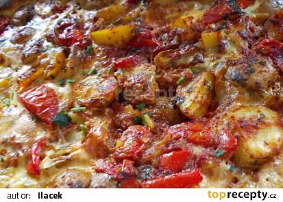 Rychlá večeře - Zapečené brambory se zeleninou a mletým masem