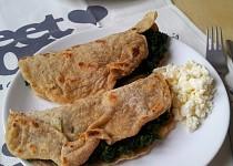 Špaldové tortilly se špenátem a balkánským sýrem