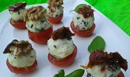 Sýrové kuličky se sušenými rajčaty