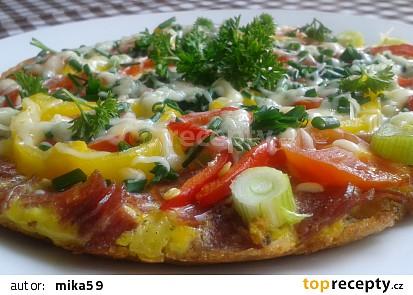 Vaječná omeleta ze syrových brambor