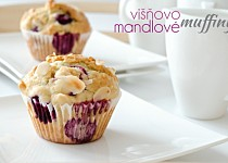 Višňovo-mandlové muffiny