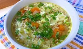 Vydatná polévka s pohankou a vejcem