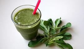 Zelené smoothie se šáchorem