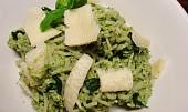 Avokádovo-špenátová omáčka na těstoviny