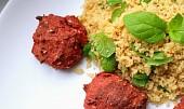 Falafel z červené řepy s mátou a kuskusem