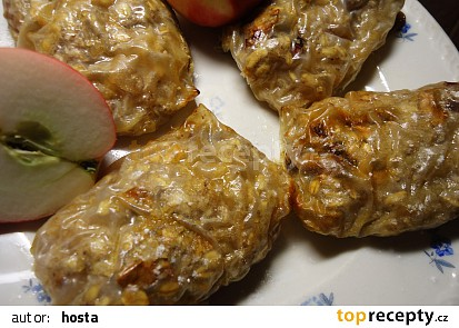 Jablečné závitky v rýžovém papíru