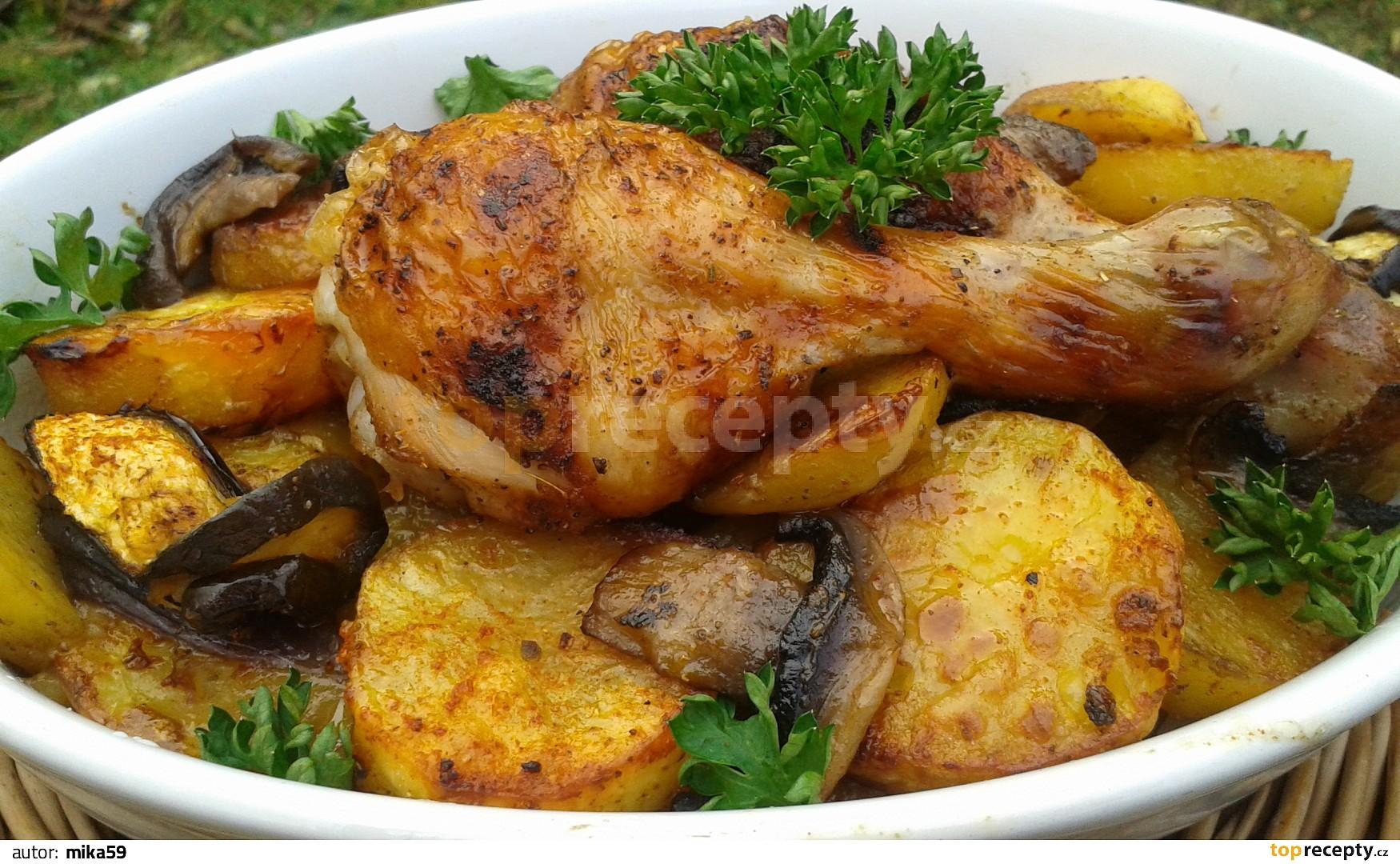 Kuřecí stehna pečená s brambory v sáčku recept - TopRecepty.cz eed6593f239
