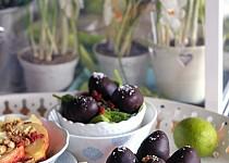 Mrkvovo-ořechová vajíčka s čokoládou - raw