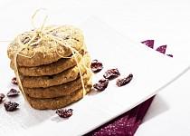 Ovesné cookies s brusinkami