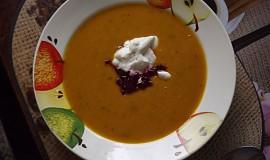 Polévka ze zapečené zeleniny