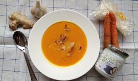 Rychlá mrkvová polévka s domácím kokosovým mlékem