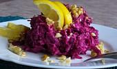 Salát z červené řepy s celerem a ořechy