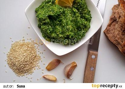 Špenátový hummus