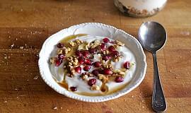 Veganský jogurt