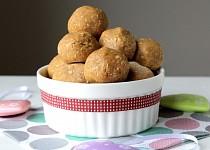 Arašídovo-kokosové kuličky