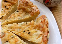 """Bramborový koláč z """"tatarkového"""" těsta"""