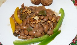Fazole s ořechy
