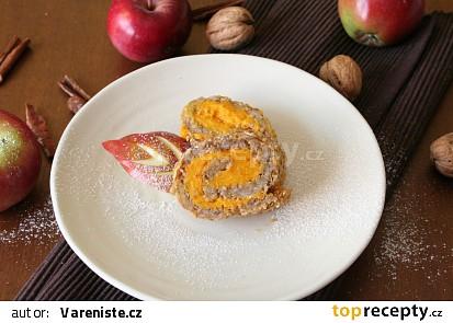 Jablkový závin z vloček s dýňovým krémem