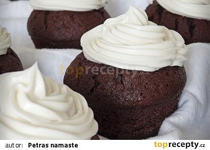 Kakaové muffiny s kokosovým krémem