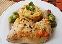 Kuřecí čtvrtky na zelenině, dušené v papiňáku