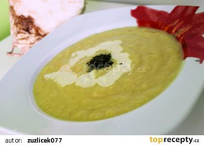 Květákovo - celerová polévka