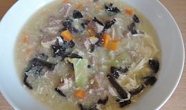 Kyselá pekingská polévka s Jidášovým uchem