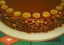 Ořechový dort podle M. Janků-Sandtnerové