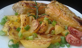 Plněné papriky pečené na smetanových bramborách
