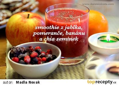 Smoothie s jablkem, pomerančem, banánem a chia