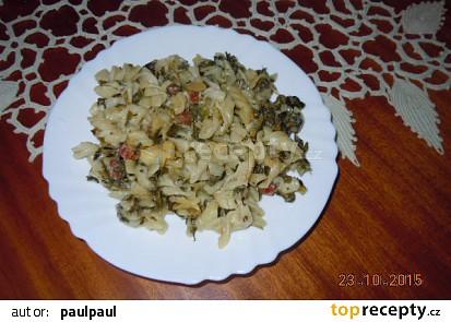 Těstoviny se slézem kučeravým