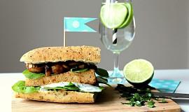 Tofu burger s grilovanými žampiony a špenátem
