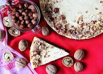 Tvarohový koláč s lískovými oříšky