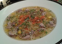 Vepřová polévka s masem a zeleninou