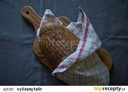 Bezlepkový chleba Šumava