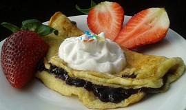 Blesková sladká omeleta se šlehačkou