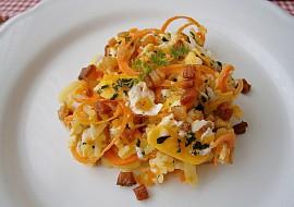 Dušená zelenina s míchanými vejci