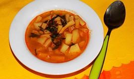 Fazolková polévka s brambory