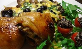 Kuře se žampiony a olivami