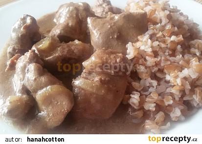 Pikantní kuřecí játra s bulgurem