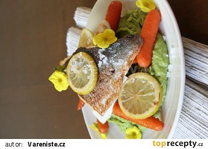 Pražma s citrony a hráškovým pyré