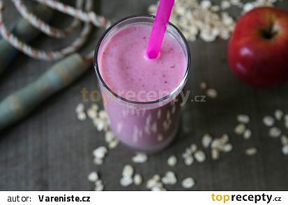 Snídaňové jahodovo-jablečné smoothie